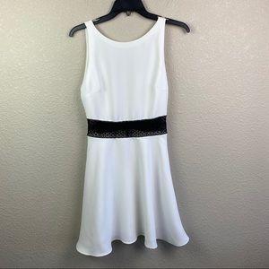Alice + Olivia 2 Sleeveless White Black Lace Dress